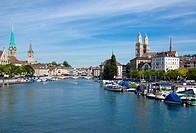 Blick auf die Limmat in Zürich