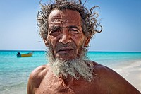 Fisherman, Shouab beach, Qalansiyah, Socotra island, listed as World Heritage by UNESCO, Aden Governorate, Yemen, Arabia, West Asia.