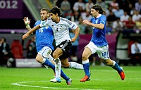 From left to right, Daniele De Rossi, Italy, Sami Khedira, Germany, Riccardo Montolivo, Italy, 2012 UEFA European Football Championship, 2nd Semi-fina...