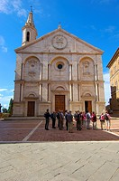 Santa Maria Assunta Cathedral, Piazza Pio II, Pienza, Siena province, Val d´Orcia, UNESCO world heritage site, Tuscany, Italy