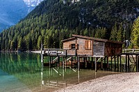 Boathouse on lake Pragser Wildsee, lake Lago di Braies, Pragser Tal valley, Dolomites, province of Bolzano_Bozen, Italy, Europe