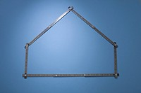A folding ruler arranged in the shape of a house (thumbnail)