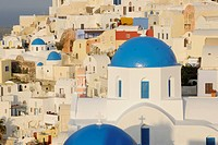 Greece, View of classical whitewashed church at Oia village (thumbnail)