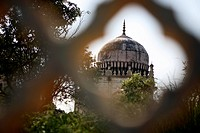 Partial view of Quli Qutub Shahi tomb, selective focus
