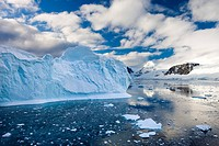 Icebergs, brash ice and mountainous terrain on the Gerlache Strait, Antarctic Peninsula, Antarctica, Polar Regions