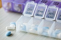 Pills with pill organizer