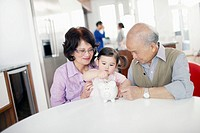 Grandparents with granddaughter 2_3