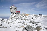 Appalachian Trail _ The summit of Mount Washington during the winter months. Located in the White Mountains, New Hampshire USA . Notes: Mount Washingt...