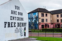 'Free Derry' sign and Mural on the wall of house in Bogside, Londonderry, Northern Ireland