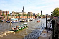Excursion boats and harbour cruises in the harbour or the Hanseatic City of Hamburg, Germany, Europe