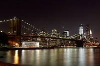 USA, New York, View of Brooklyn Bridge at night