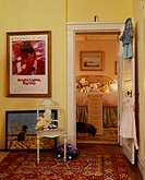 Tennessee Traditional Horse Farm: Doorway to Children´s Room