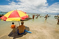Brazil, Pernambuco, Porto de Galinhas, beach scene