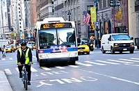 New York City Public Transportation Q32 Bus, Manhattan, New York City, USA
