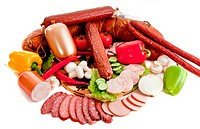 sliced sausages with vegetables and red papper