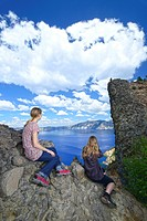 Pacific Northwest, Cascade Mountains, Oregon, USA, United States, America, Crater Lake, National Park, women, hiker, Garfield Peak, sitting, vista, ov...