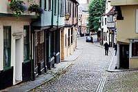 Old cobbled street of Elm Hill, Norwich, Norfolk, England, United Kingdom, Europe