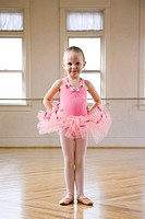 Springville, Utah, USA, Little ballet dancer 4_5 wearing pink tutu, portrait