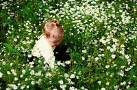Baby_girl with flowers