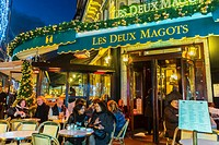 Paris, France, Street Scenes, Tourists Sharing Drinks on Terrace of Les Deux Magots Caf&#233;, in Latin Quarter, Saint Germain-des-Pr&#233;s, at Night