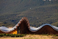 Bodegas Ysios wine cellar, built by Santiago Calatrava, Laguardia, Alava, Spain, Europe