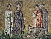 The healing of the hemorrhage, mosaic, north wall, upper level, Basilica of Sant'Apollinare Nuovo (UNESCO World Heritage Site, 1996), Ravenna, Emilia-...