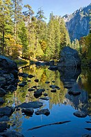 Merced River, Yosemite Valley, Yosemite National Park, California, November, late afternoon