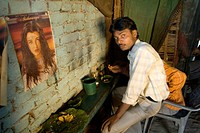 Man eating food ; Jharkhand ; India