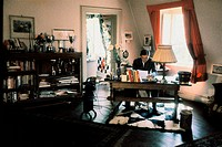 Trips, Graf Wolfgang Berghe von, 4.5.1928 _ 10.9.1961, German sportsman racing driver, half length, at his desk, August 1961,
