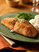 Salmon Fillet Served with Mashed Potatoes and Green Beans
