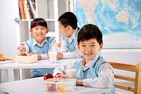 Elementary school studnets in class