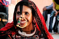 A woman wearing traditional jewellery  ; Rajasthan ; India NO MR