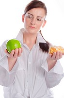 woman with apfel and cake