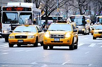 Mass Transit on 5th Avenue, Midtown Manhattan, New York City, USA