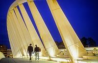 Pont de l´Exposició (aka ´La Peineta´ or ´Alameda Bridge´) by Santiago Calatrava, in Jardi del Turia gardens, Valencia, Spain