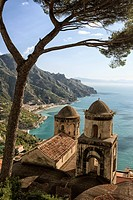 Italy, Amalfi Coast, Ravello, view of Ravello old town and coastal landscape.
