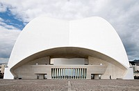 Auditorio de Tenerife, avant-garde concert hall designed by star architect Santiago Calatrava, Santa Cruz de Tenerife, Tenerife, Canary Islands, Spain...