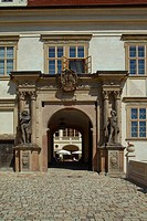 Mnisek Chateau, exterior, gateway, Czech republic, East Europe
