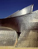 GUGGENHEIM MUSEUM, BILBAO, SPAIN, FRANK O GEHRY & ASSOCIATES, EXTERIOR, CLADDING DETAIL.