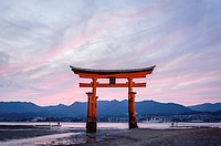 View of the grand floating Torii, Itsukushima sanctuary, Miyajima, Japan, Asia.