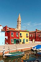 Burano canal with Leaning Tower of Church of San Martino, Fondamenta della Pescheria, Venice, Veneto, Italy, Europe