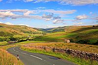 Muker and Swaledale from Buttertubs Pass road, Thwaite, Yorkshire Dales, England, UK.