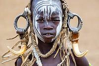 Mursi people, Omo valley, Naciones, Ethiopia, Africa.