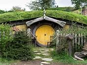 HOBBITON NEW ZEALAND Hobbits cottage door garden film set movie.