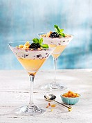 Lemongrass jelly with blackberry-flavoured cream cheese