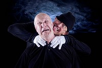 Senior citizen, 62 years, choking his partner, 55 years, after a dispute