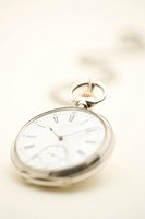 Old_fashioned pocket watch