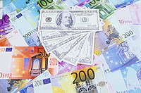 Different Euro and Dollar bank notes