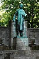 D-Kiel, Kiel Fjord, Baltic Sea, Schleswig-Holstein, Klaus Groth monument, statue, writer, lyricist, poet, sculptor Heinrich Missfeld - Kiel, Schleswig...