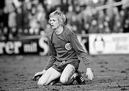 Fussball, Regionalliga West, 1973/1974, SG Wattenscheid 09 gegen Sportfreunde Siegen 4:2, Stadion in der Lohrheide, Spieler Hannes Bongartz, SW, S/W, ...